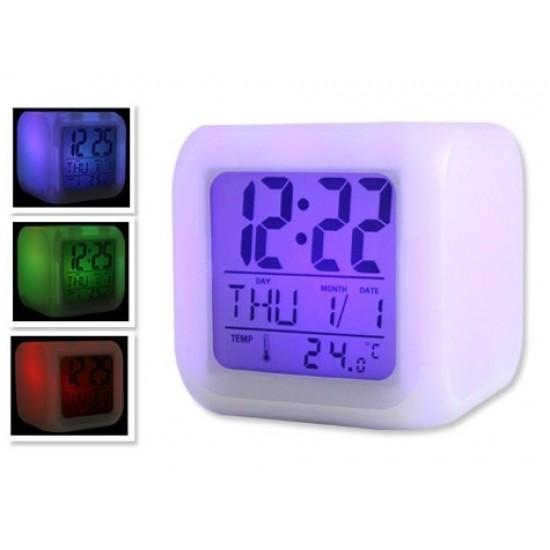 Pazariz  7 Renk Değiştiren Alarmlı Dijital Küp Saat